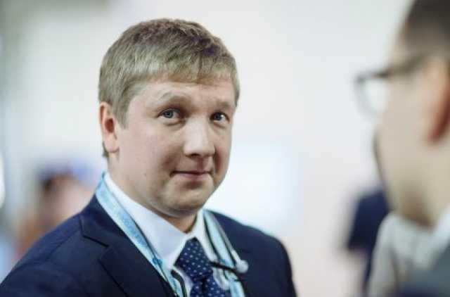 Кабмин на 4 года продлил контракт Коболеву