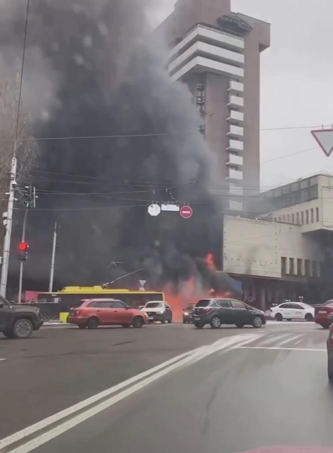 В Киеве масштабный пожар в гостинице
