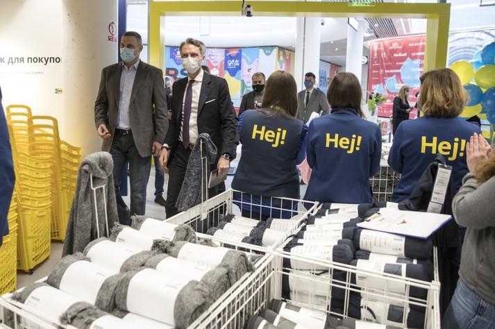 В Киеве открытии первый магазина ИКЕА. Кличко перерезал ленточку