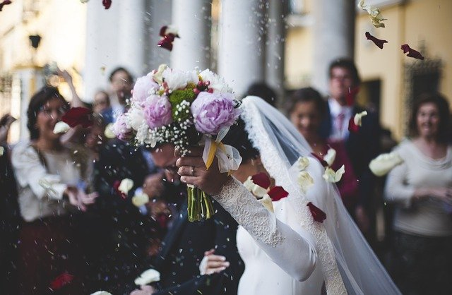 В Украине в 2021 году в пять раз чаще женились, чем разводились