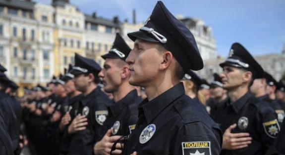 Полиция и радикалы: что будет с «империей» экс-министра Авакова